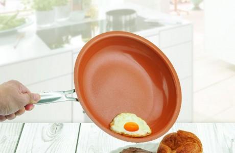 מחבת קרמית מונעת הידבקות אוכל ללא שמן!